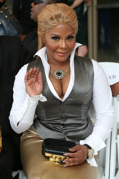lil kim new york fashion week 3 Hot Shots: Lil Kim Tries Her Best At New York Fashion Week
