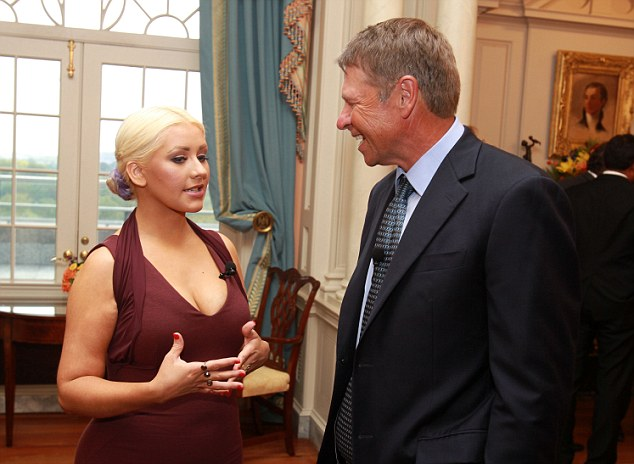 CHRISTINA AGUILERA DAVID NOVAK Hot Shots: Christina Aguilera Fights World Hunger In Washington