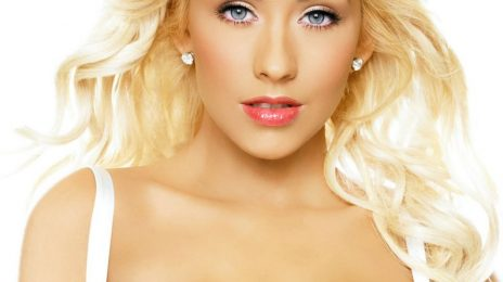 Christina Aguilera To Be Honored For Fight Against World Hunger
