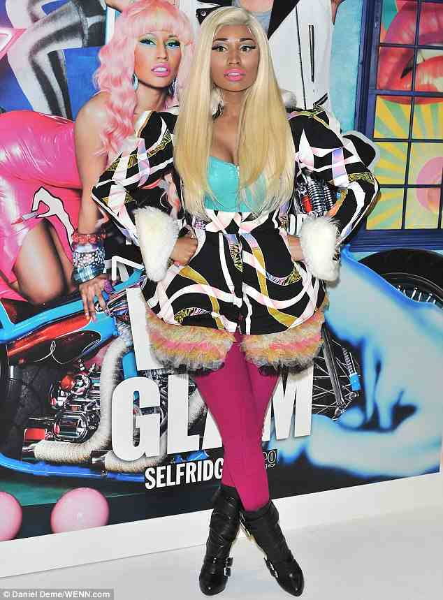 NICKI MINAJ LIPGLASS Hot Shots: Nicki Minaj Launches Lip Glass In London