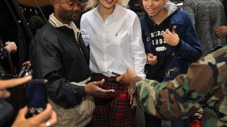 Hot Shots: Rita Ora Meets Fans In NYC