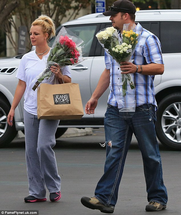 britney spears in la1 Hot Shots: Britney Spears Blooms In LA