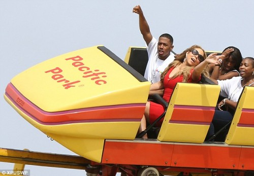 mariah ride e1349614346442 Hot Shots: Mariah Carey Enjoys Joyride With The Family