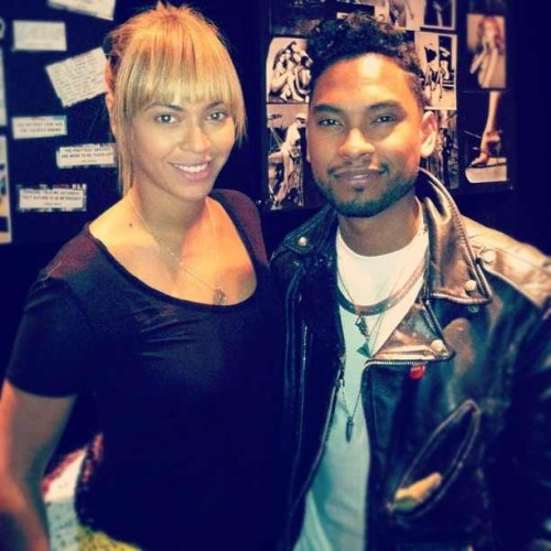 miguel beyonce e1351674520551 Hot Shot: Beyonce Hits Studio With...Miguel