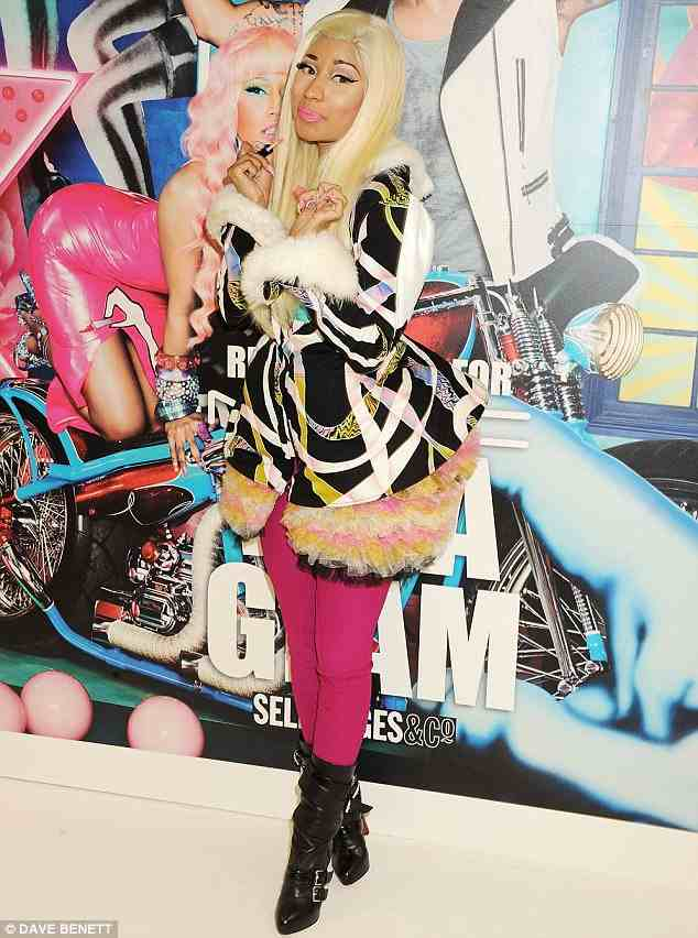 nicki minaj launches lip glass selfridges Hot Shots: Nicki Minaj Launches Lip Glass In London