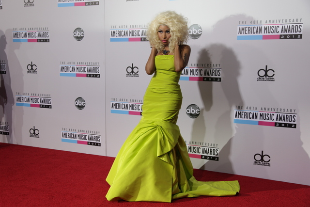 79ec1b3c 3014 4bae 86e0 6365b300d676 640x427 American Music Awards 2012: Red Carpet