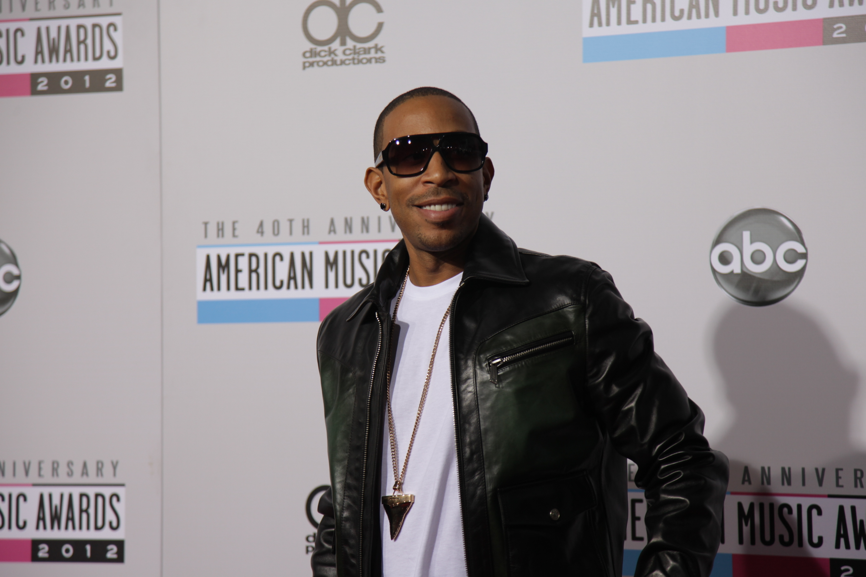960fd113 c129 469a 8e5d d20a6646bd70 American Music Awards 2012: Red Carpet