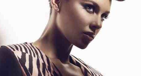 Watch: Alicia Keys Rocks 'Girl On Fire' On '106 & Park'