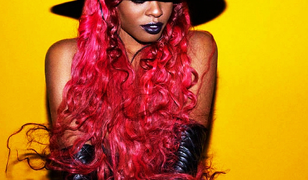 Azealia Banks Cites Beyonce As 'Classy' Inspiration