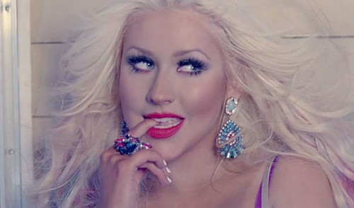 Christina Aguilera the voice e1353462215730 Watch: Christina Aguilera Performs Let There Be Love On The Voice