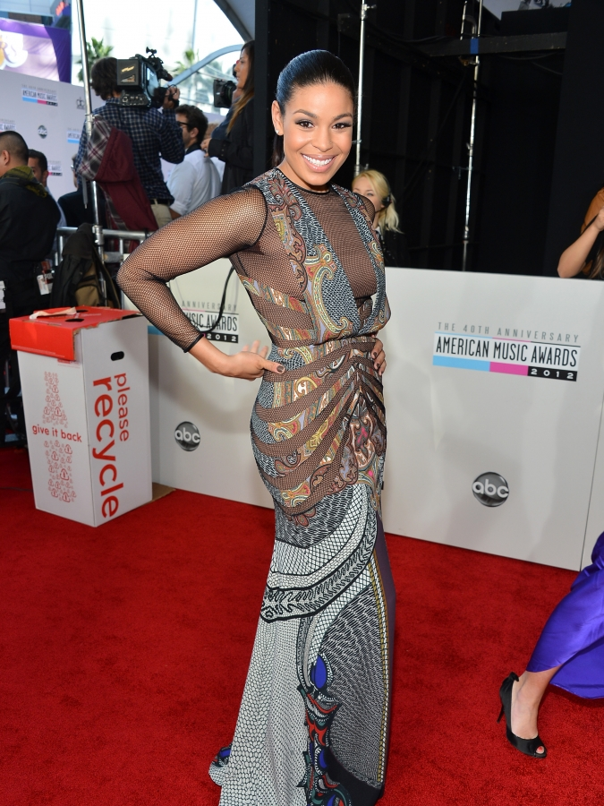 Jordin Sparks American Musci Awards 675x900 American Music Awards 2012: Red Carpet