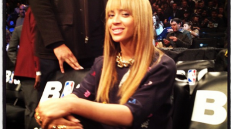 Hot Shots: Beyonce & Jay Z Support 'Clash Of The Burroughs' Game