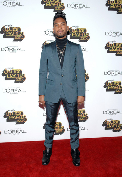 Soul+Train+Awards+2012+Loreal+Style+Stage+S8usv0Gr5B5l Hot Shots:  The Stars Stroll The Red Carpet of the 2012 Soul Train Awards