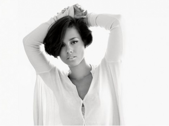 alicia-keys-complex-magazine-2-580x435