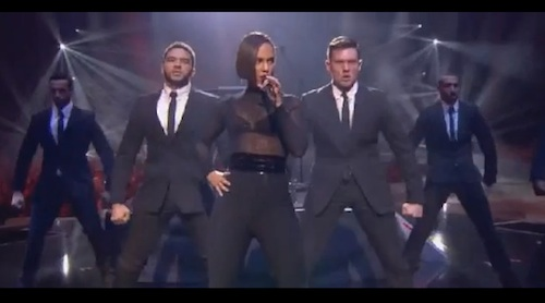 alicia keys ema Watch: Alicia Keys Performs A New Day / Girl On Fire At MTV EMAs 2012