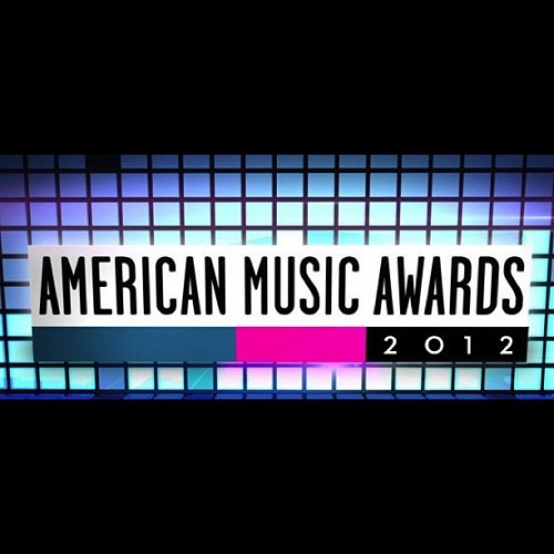 ama american music awards 2012 e1353274517466 Watch: American Music Awards 2012 Pre Show – LIVE