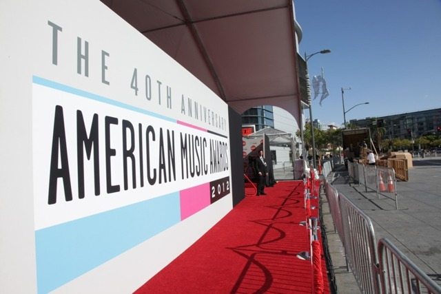 ama red 2012 American Music Awards 2012: Red Carpet