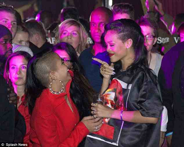 Hot Shots: Rihanna & Cassie Party In Paris