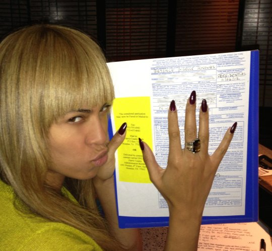 beyonce obama sheisdiva22 Hot Shot: Beyonce Votes For President Obama
