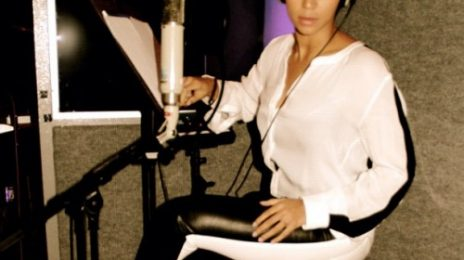 Hot Shot: Beyonce Hits The Studio
