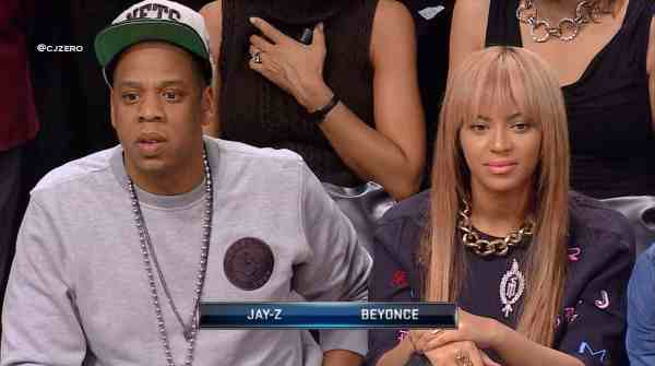 Hot Shots: Beyonce & Jay Z Support Clash Of The Burroughs Game
