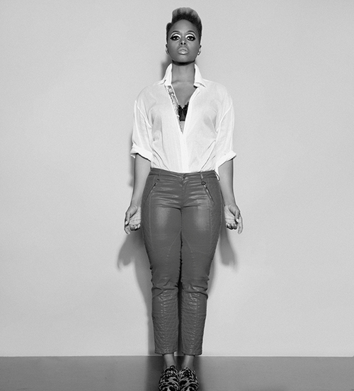 chrisette 94bw Behind the Scenes:  Chrisette Michele Shoots Charades Video