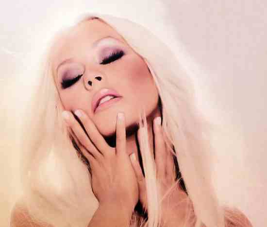 Must Hear: Christina Aguilera   Just A Fool (Ft Blake Shelton)