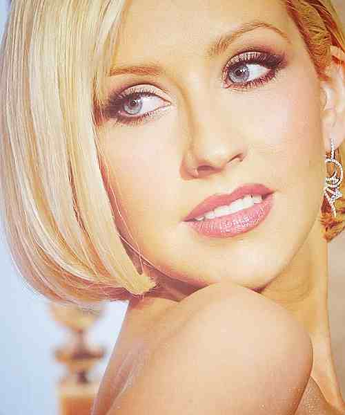 christina aguilera she is diva