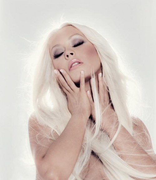 christina lotus promo thatgrapejuice 4 e1352243550247 Christina Aguilera Blooms In New Lotus Promos
