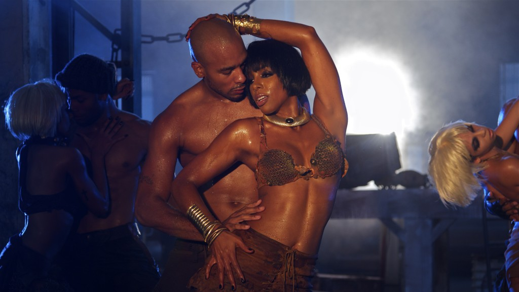 kelly rowland ice video tgj 9 Hot Shots: Kelly Rowland Teases More From Ice Video