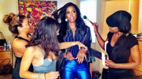 Hot Shot: Kelly Rowland Stuns On Set Of 'Neva End'