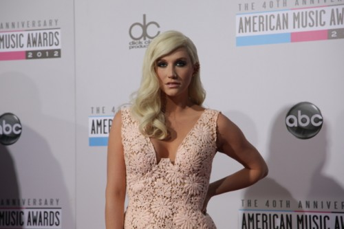 kesha ama 2012 e1353282260687 American Music Awards 2012: Red Carpet
