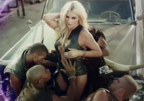 kesha die young video e1352370958107 New Video: Ke$ha   Die Young