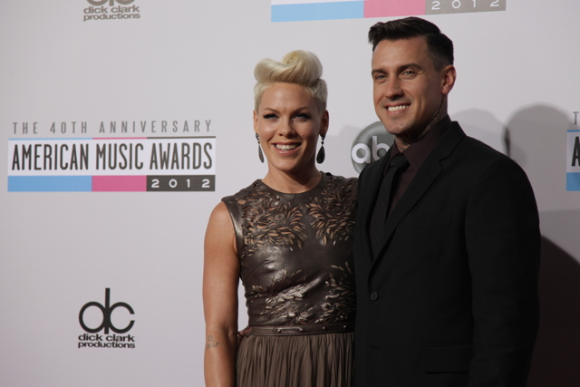pink ama 2012 American Music Awards 2012: Red Carpet