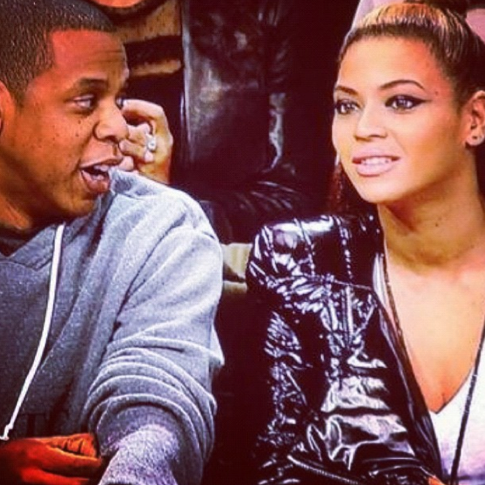 screen shot 2012 11 24 at 9 46 48 am Hot Shots: Jay Z Hits Nets Game With Beyonce And Kelly Rowland