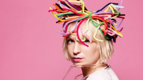 Must See: Sia Soars With Rihanna's 'Diamonds'