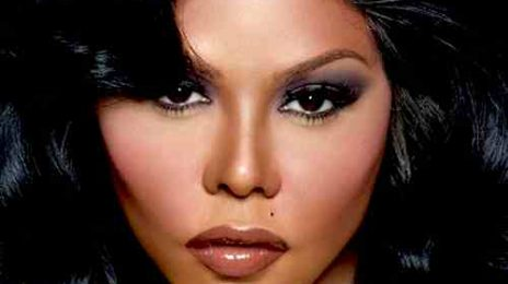 Winning: Lil Kim Lands 'Ciroc' Deal