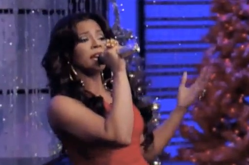 ashanti this chrismas kelly michael Watch: Ashanti Performs This Christmas On Live With Kelly & Michael