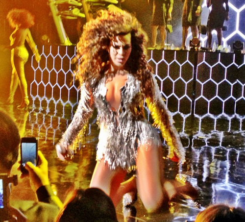 beyonce wynn 3 e1357049015121 Hot Shots: Beyonce Performs At Wynn Las Vegas