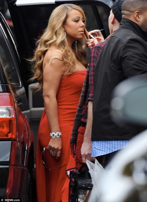 mariah idol idol e1355411113333 Hot Shots: Mariah Carey Arrives At American Idol Auditions In LA