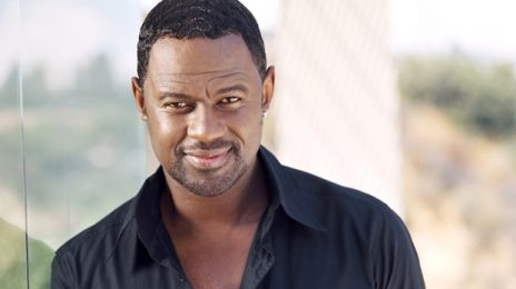 Watch: Brian McKnight Belts 'Star Spangled Banner' For 'NFL Pro Bowl'