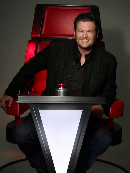 Blake Shelton The Voice Coach tgj First Look: Usher & Shakira Take Their Seats On The Voice