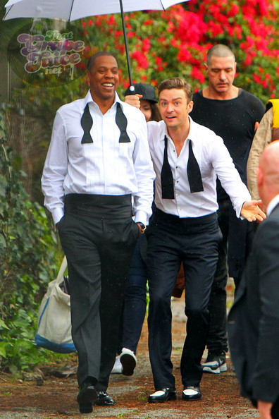 Justin+Timberlake+Jay+Z+suit tie Hot Shots: Justin Timberlake & Jay Z On Set Of Suit & Tie