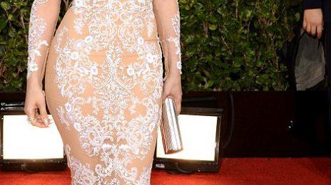 Hot Shots:  Jennifer Lopez Gleams For Golden Globe Red Carpet