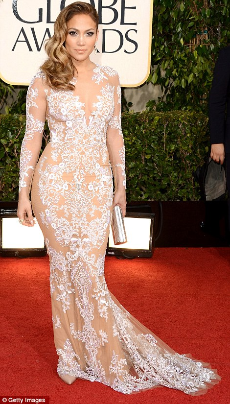 article 2261963 16EB6351000005DC 930 470x825 Hot Shots:  Jennifer Lopez Gleams For Golden Globe Red Carpet