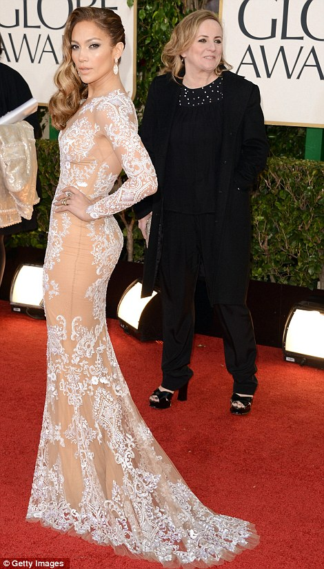 article 2261963 16EB6383000005DC 515 470x825 Hot Shots:  Jennifer Lopez Gleams For Golden Globe Red Carpet