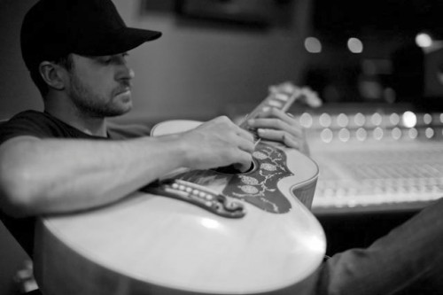 justin timerlake 2020 2013 2 e1358780081322 Hot Shots: Justin Timberlake Records The 20/20 Experience With Timbaland