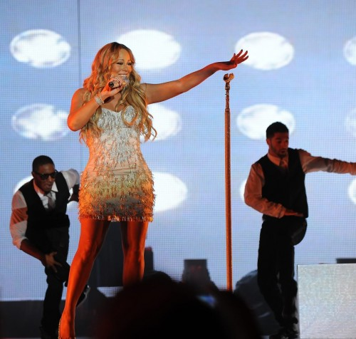 mimi mariah e1357082050841 Watch: Mariah Carey Soars At Australian Gold Coast Concert