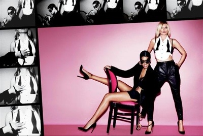 20130221 174059 Watch:  Rihannas Vivacious V Photo Shoot With Kate Moss (Behind the Scenes)