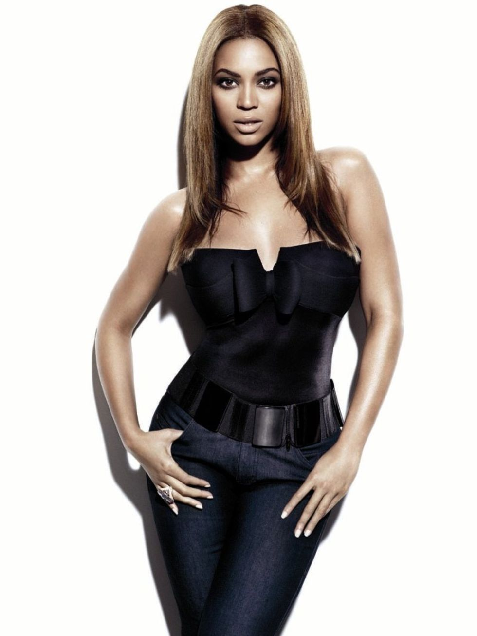 BEYONCE SHE IS DIVA THAT GRAPE JUICE Beyonce & Salma Hayek Front Gucci Empowerment Campaign